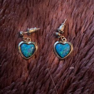 Blue heart dangle ear rings never worn